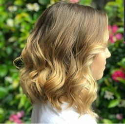 Blow-Dry-at-elements-hair-and-lifestyle-in-oxted-surrey